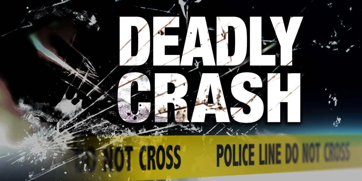 1 person killed after single-vehicle accident in Clinton