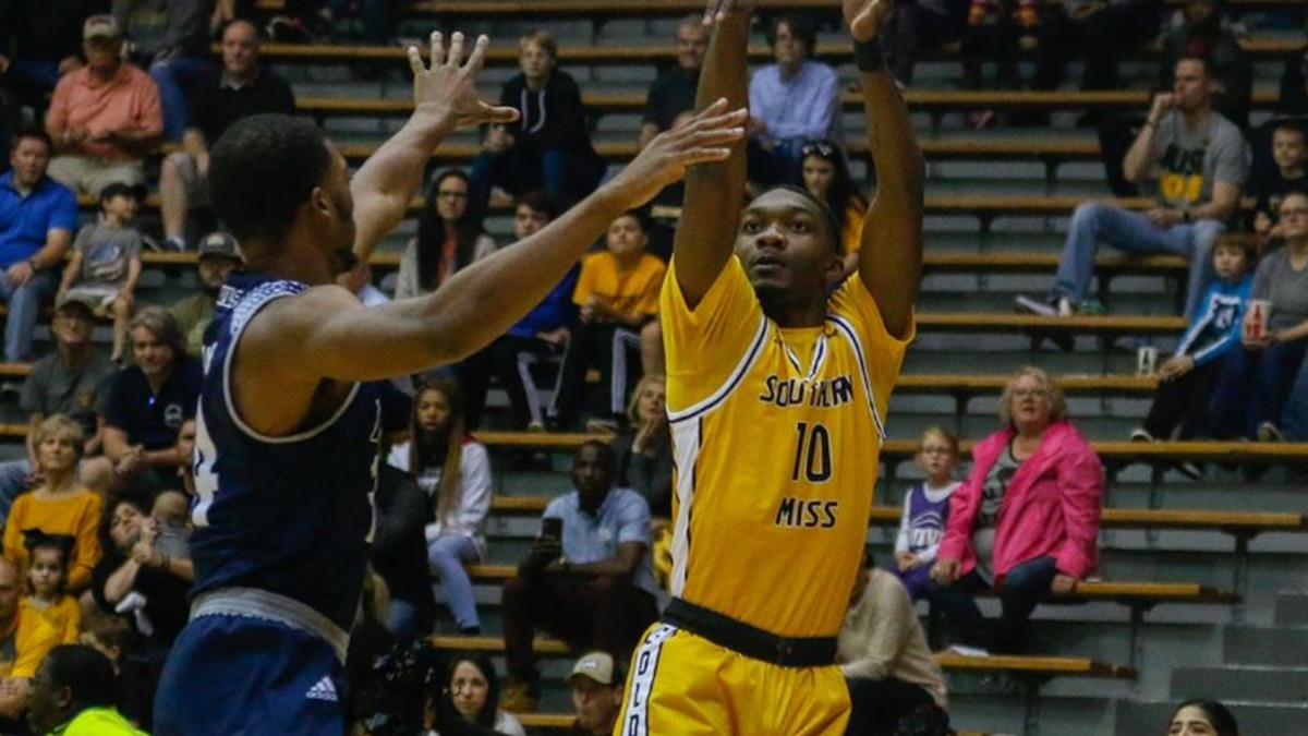 Malone's career-high leads USM to first CUSA win