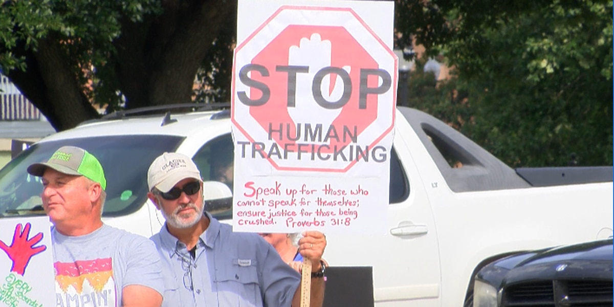 Awareness rally on child sex trafficking held in Hattiesburg Saturday
