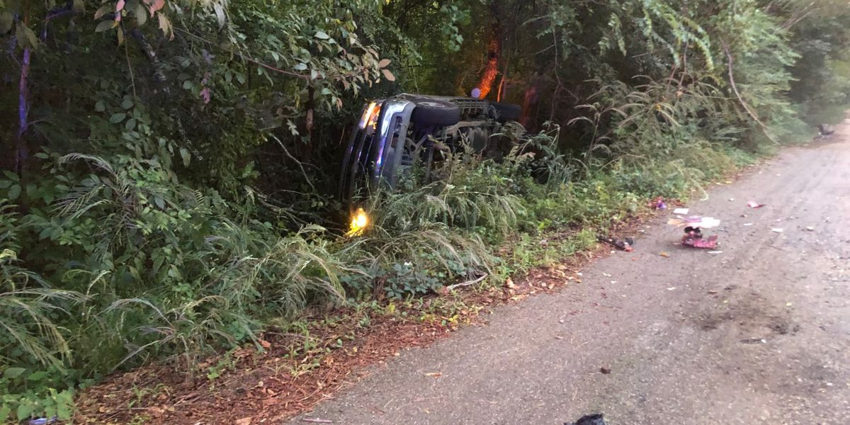 Man injured in rollover accident in Hinds County