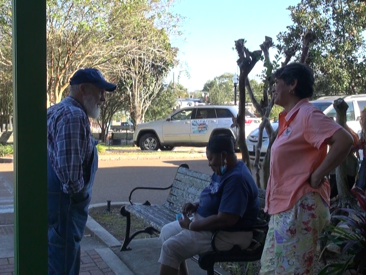 Magnolia aldermen extend mask mandate until January, rescind outdoor party and firework allowance