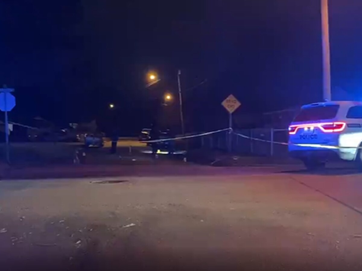 Police: Woman shot in her vehicle at Jackson intersection