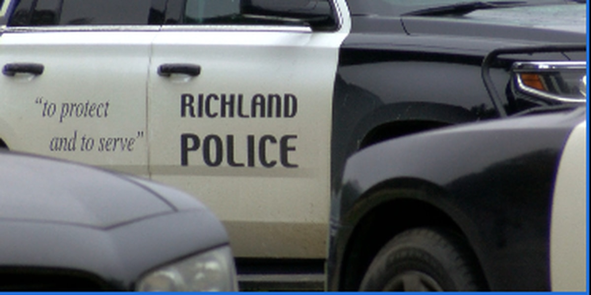 Richland police involved in chase with vehicle stolen out of La.