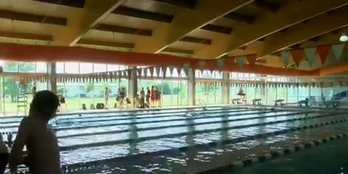 YMCA instructor gives tips for swimming safety