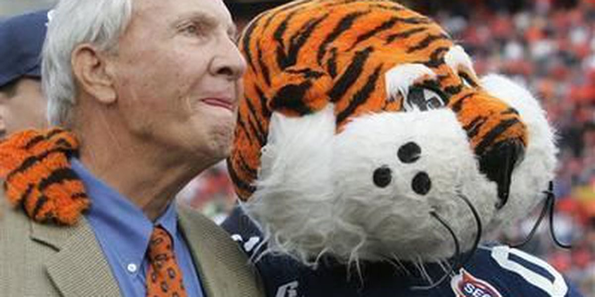 UPDATE: Pat Dye's son says his dad is resting and should get out of the hospital soon