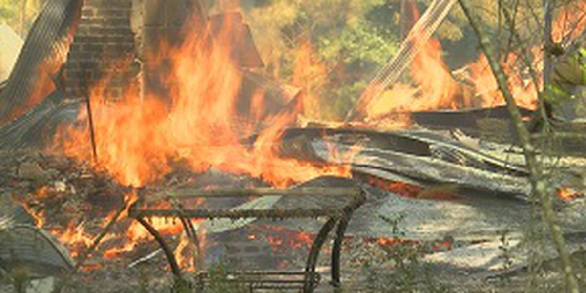 House goes up in flames in Rankin County