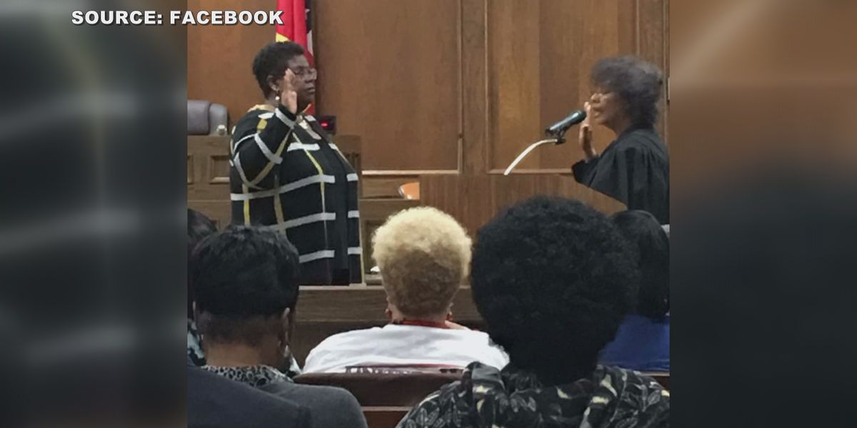 City of Carthage swears in first African-American mayor