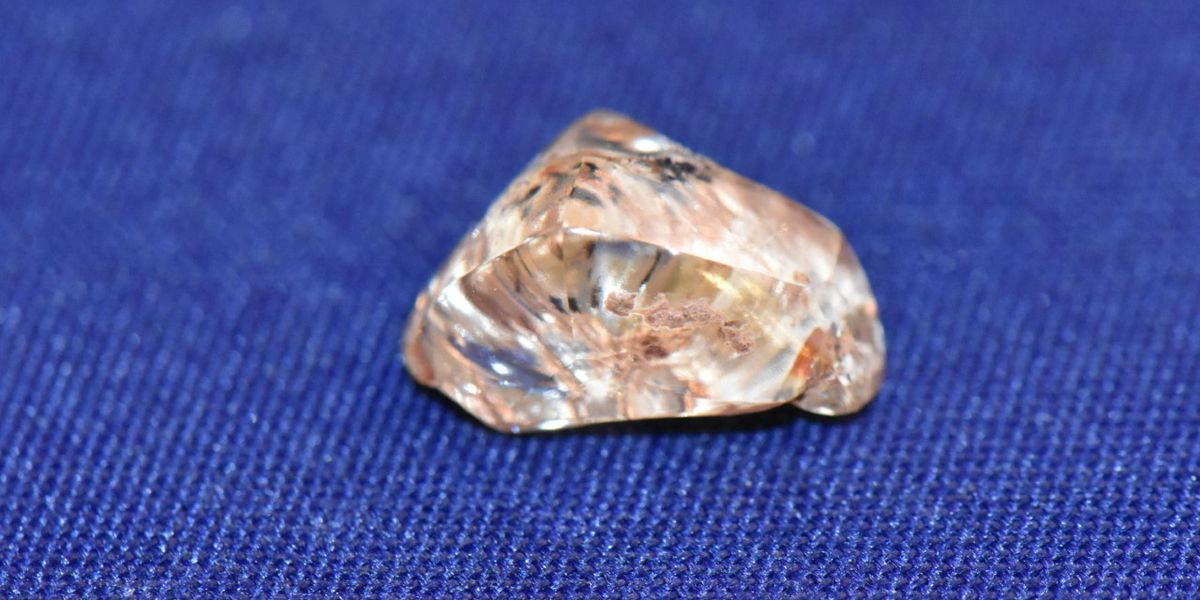 3.72-carat yellow diamond found at Arkansas State Park