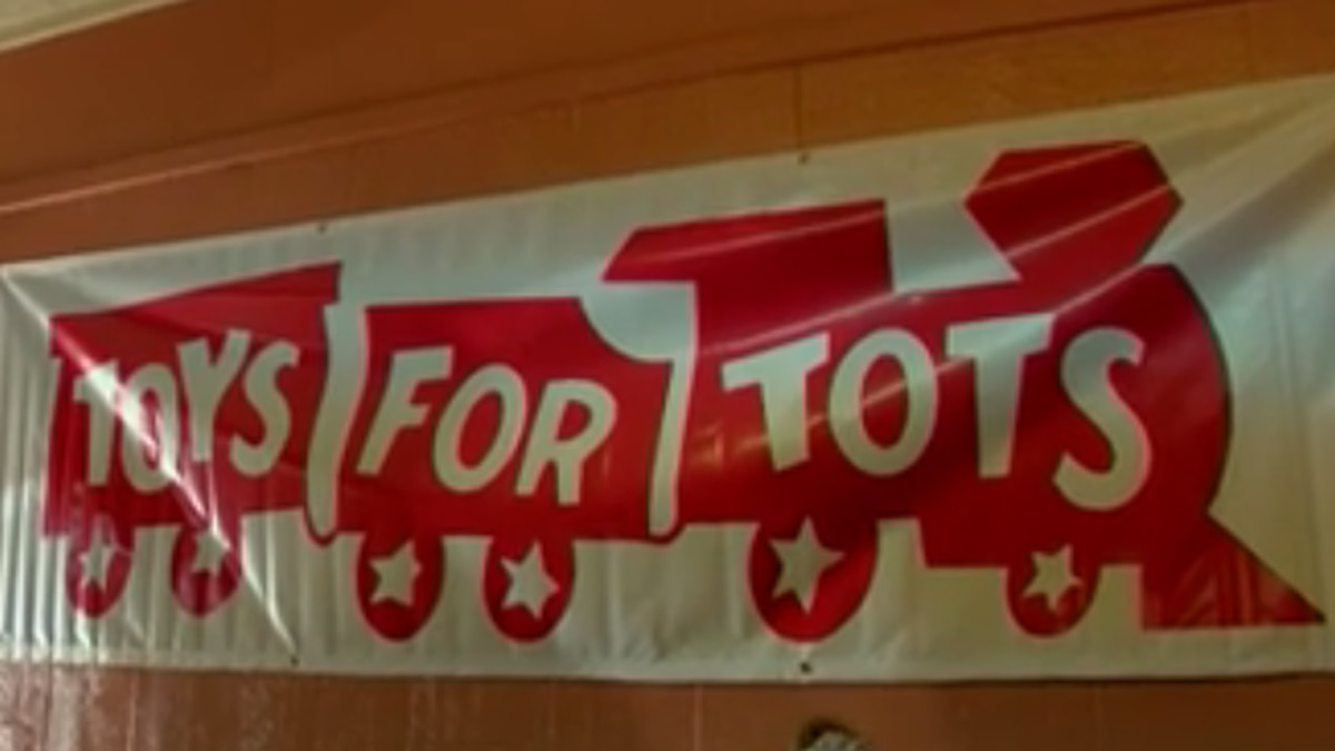 One Hazlehurst woman helps grant holiday wishes in central Mississippi through Toys for Tots