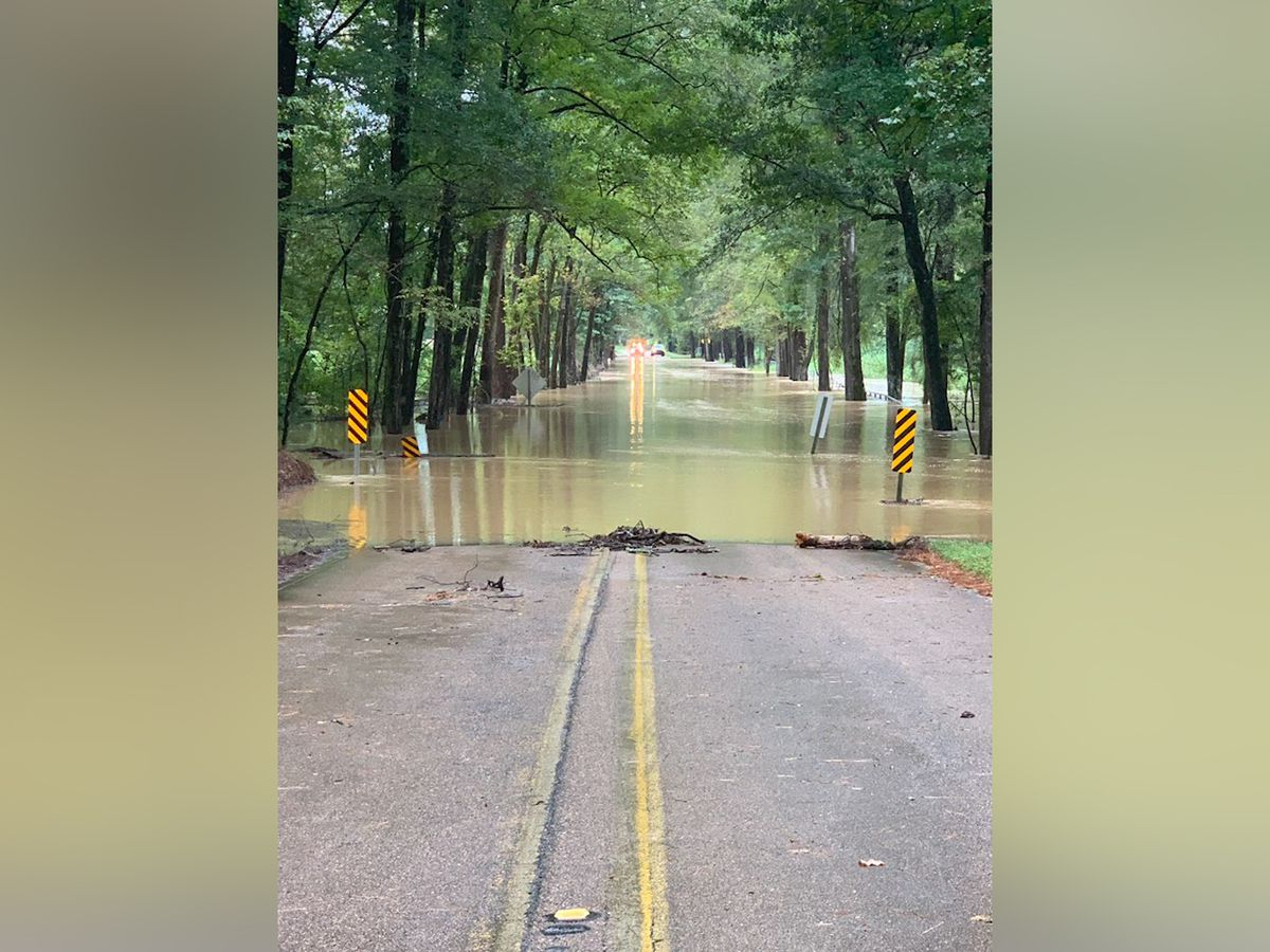 Highway 556 in Franklin County closed due to flood water