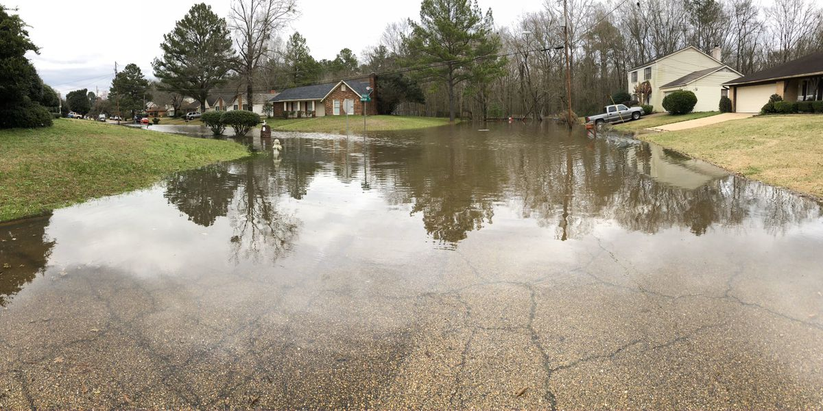 Several streets in N.E. Jackson taking on water; evacuations imminent