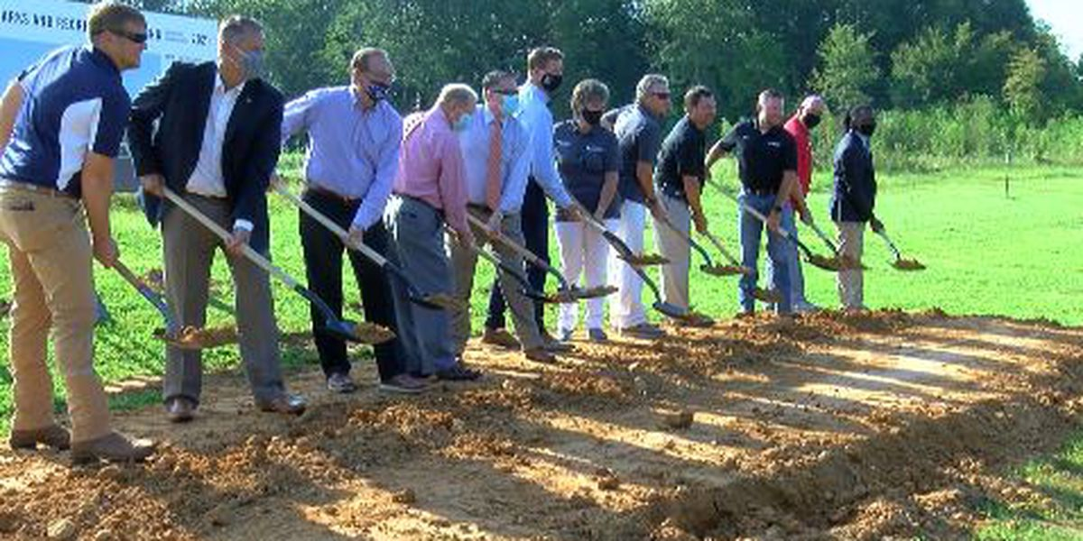 City of Richland breaks ground for new recreation center