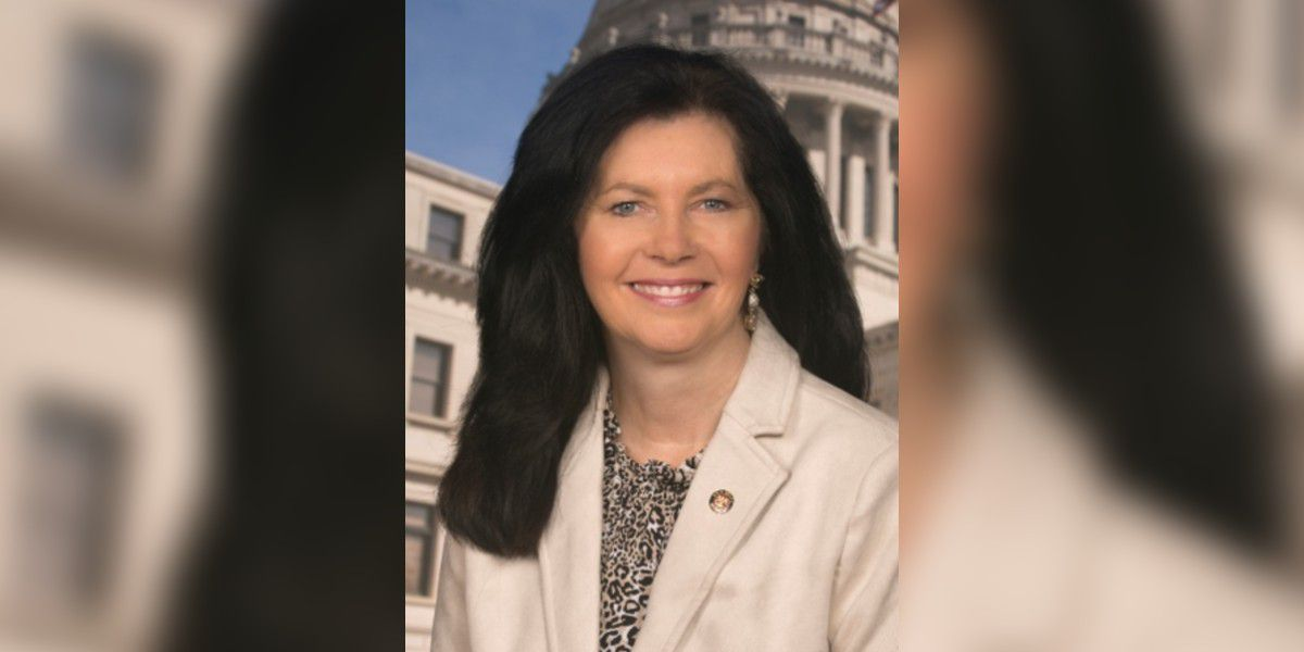 Miss. senator shuns vaccine, encourages unapproved drug to treat COVID-19