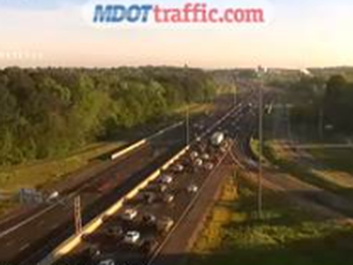 Crash on I-55N between McDowell and the split causing delays