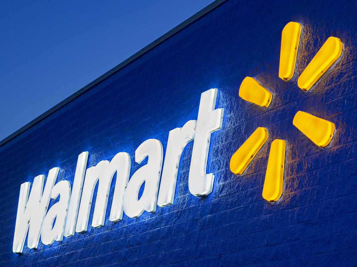 Walmart pulls guns, ammo off store shelves