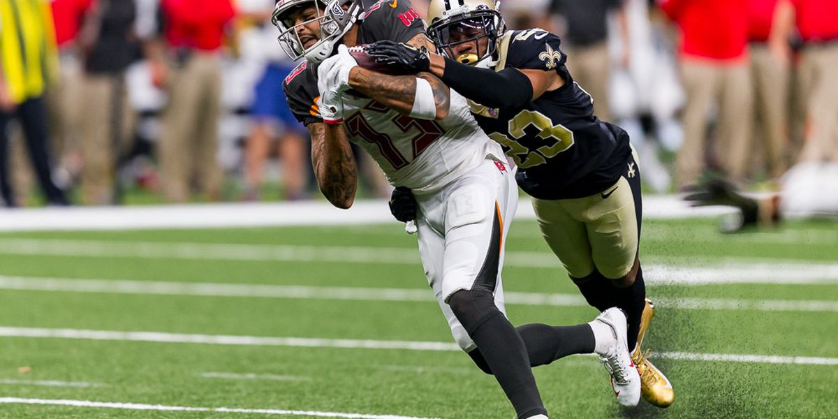 Marshon Lattimore has rough day covering Mike Evans