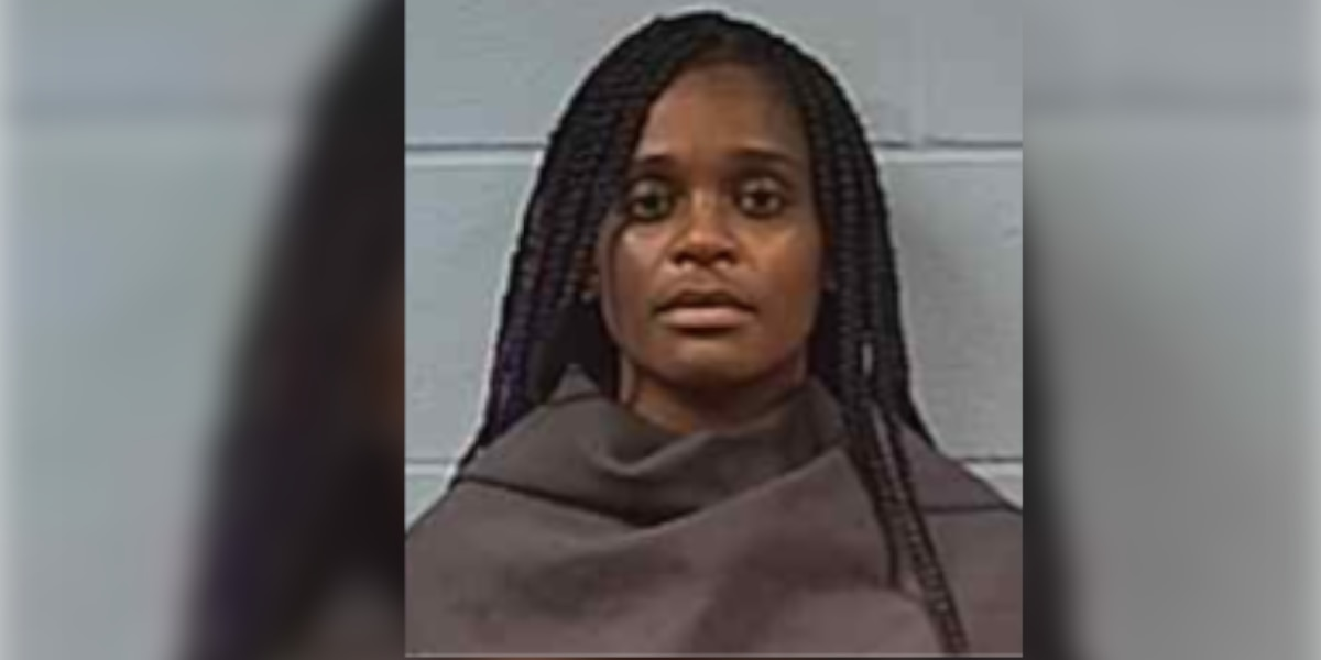 Woman charged after Vicksburg shooting