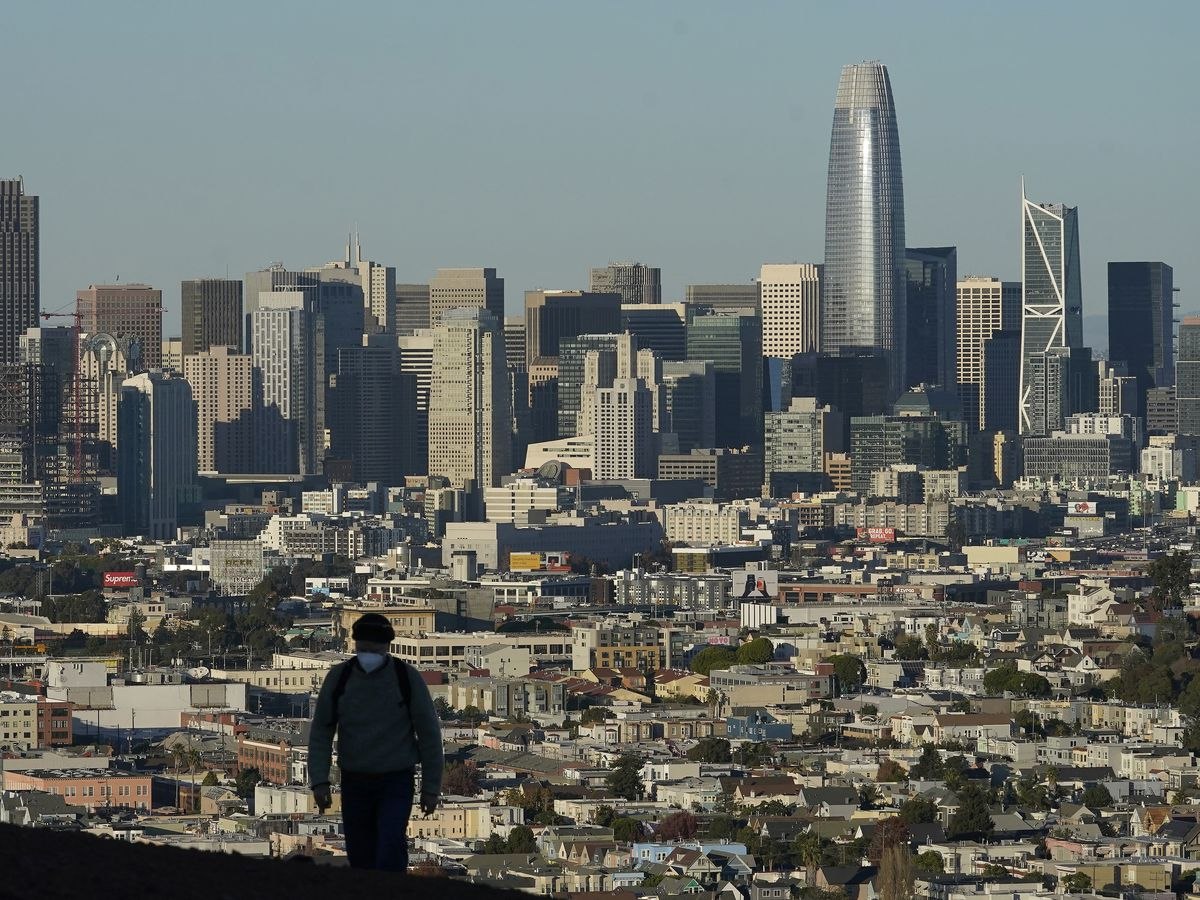 California leaving: State population declines for first time