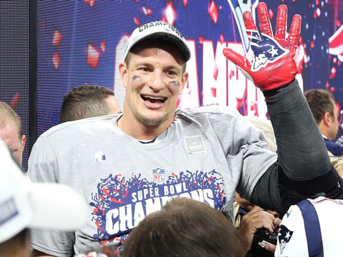Rob Gronkowski dents New England's Super Bowl trophy