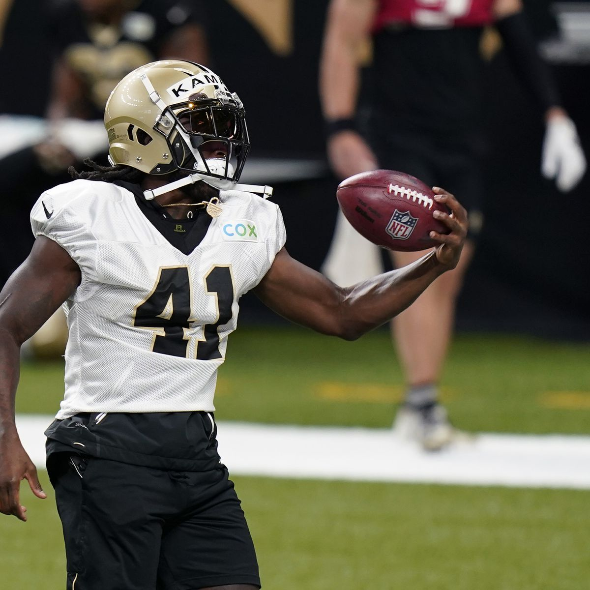 Alvin Kamara reportedly agrees to 5-year extension with Saints