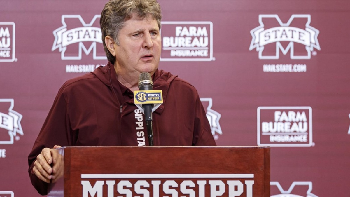Leach puts period on first signing class at MSU