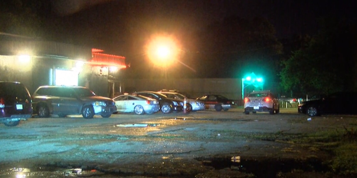 Jackson police investigating after woman injured in shooting at night club