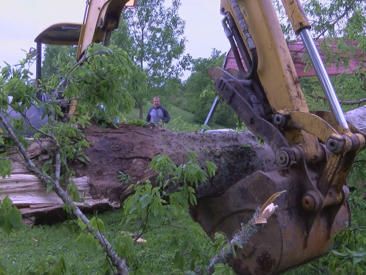 Smith County residents picking up the pieces after severe storms