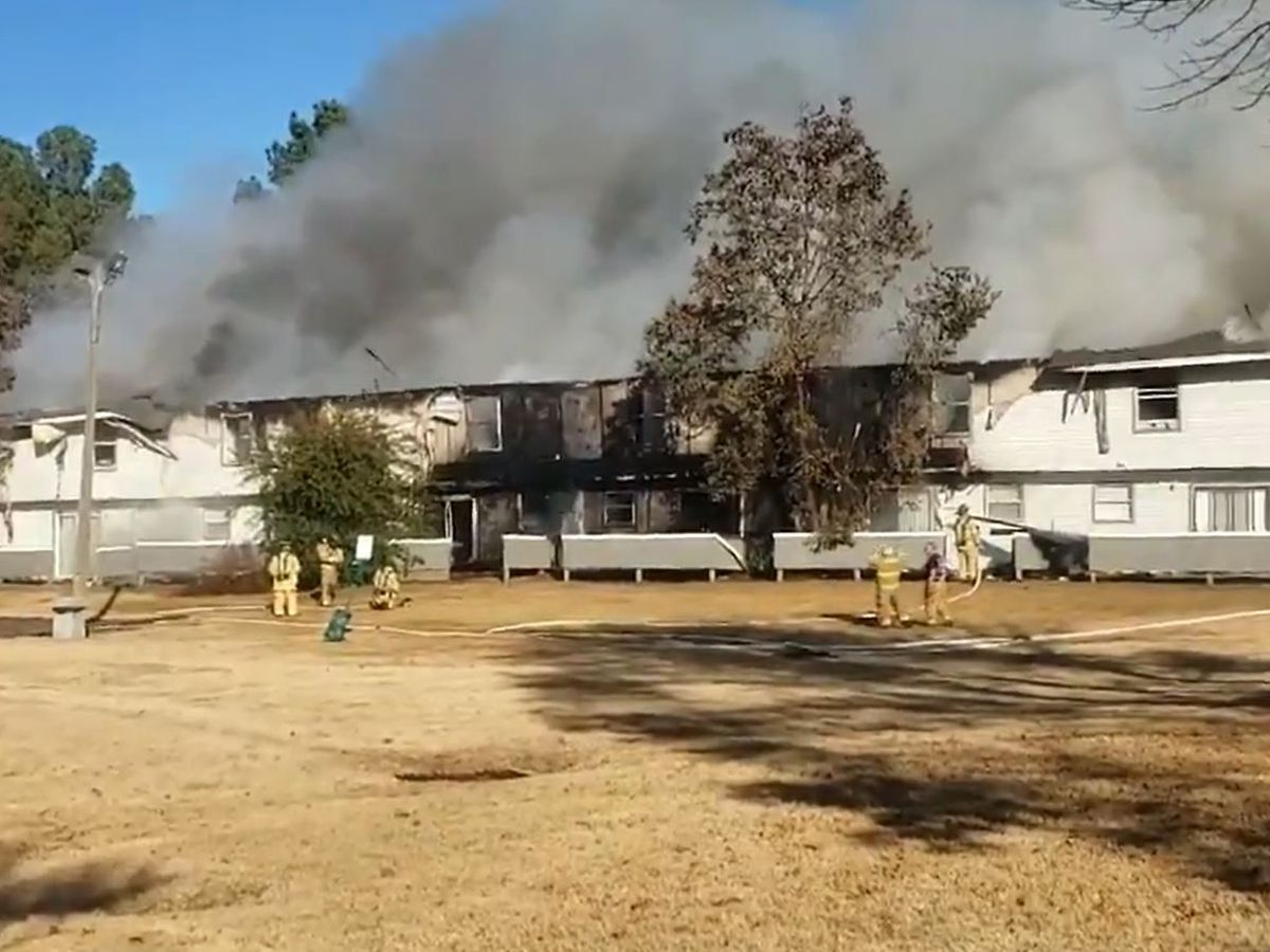 Fire breaks out at Ridgeland Ranch Apartments
