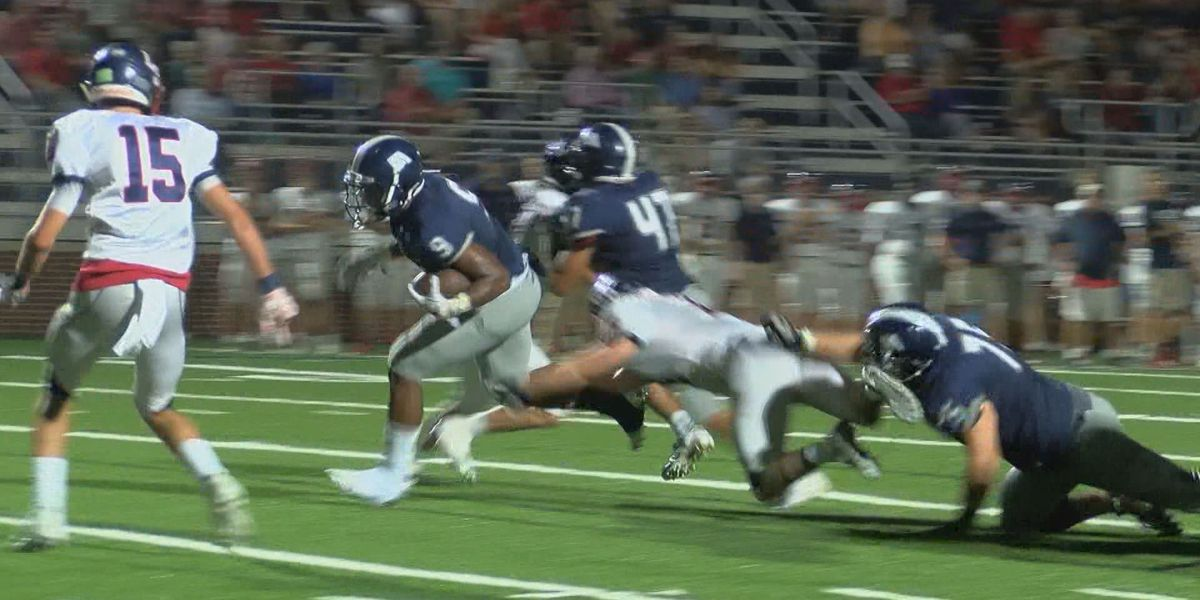 Jackson Academy wins home opener against Lamar 48-14