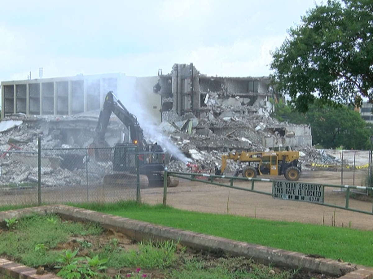 Historic Cabot Lodge demolished in Jackson