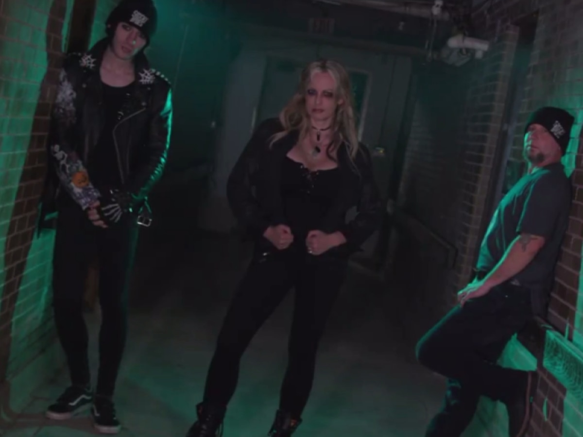 Stormy Daniels finds new career as paranormal investigator, teams with Mississippi ghost hunters