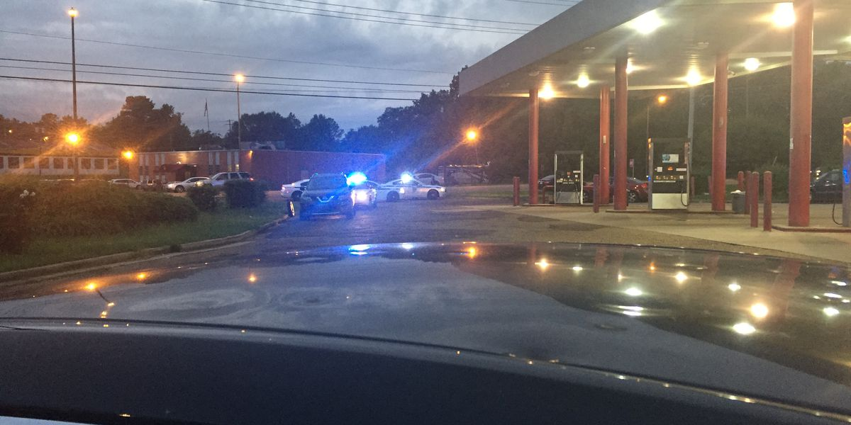 Man drives himself to Highway 80 gas station after being shot