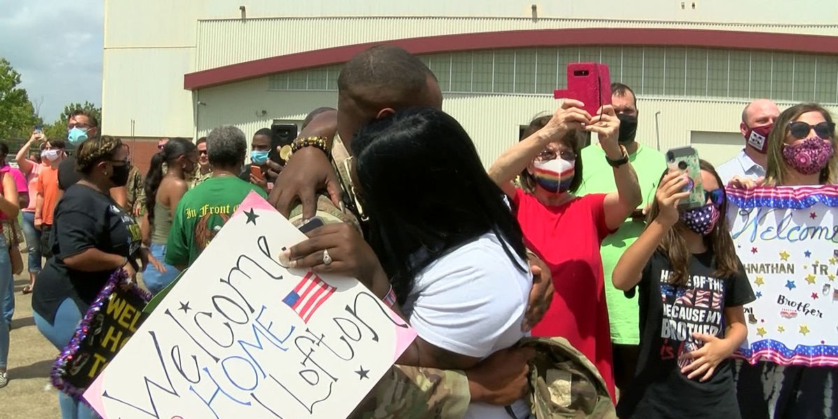 Soldiers return home to Miss. after 10 months overseas