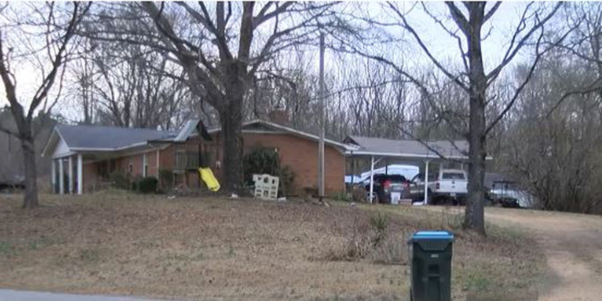 Sheriff: 70-year-old Grenada County woman attacked, killed by dogs