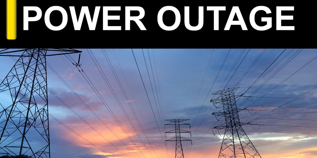 Thousands without power in Miss. as Delta enters area