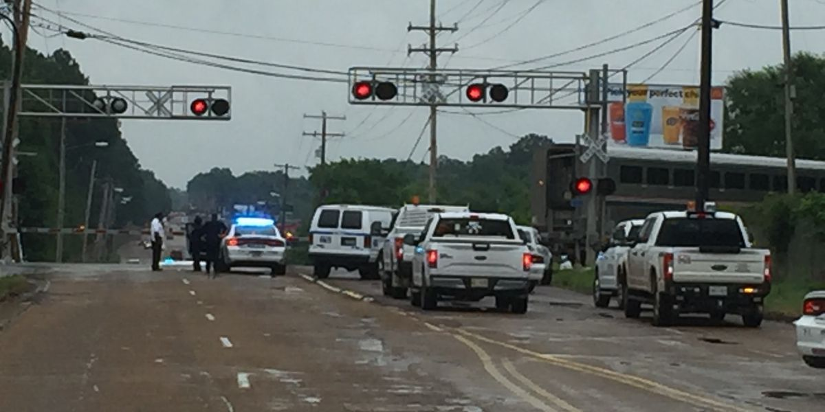 Injuries reported in car vs. train wreck on Northside Drive