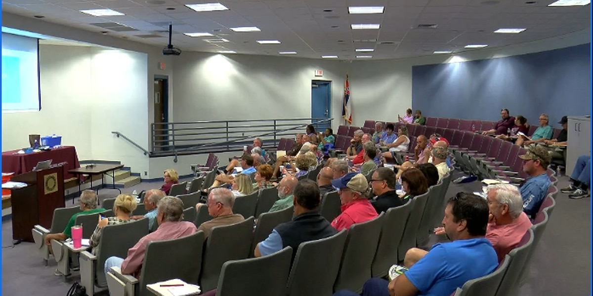 Seminar held to help residents with flood recovery