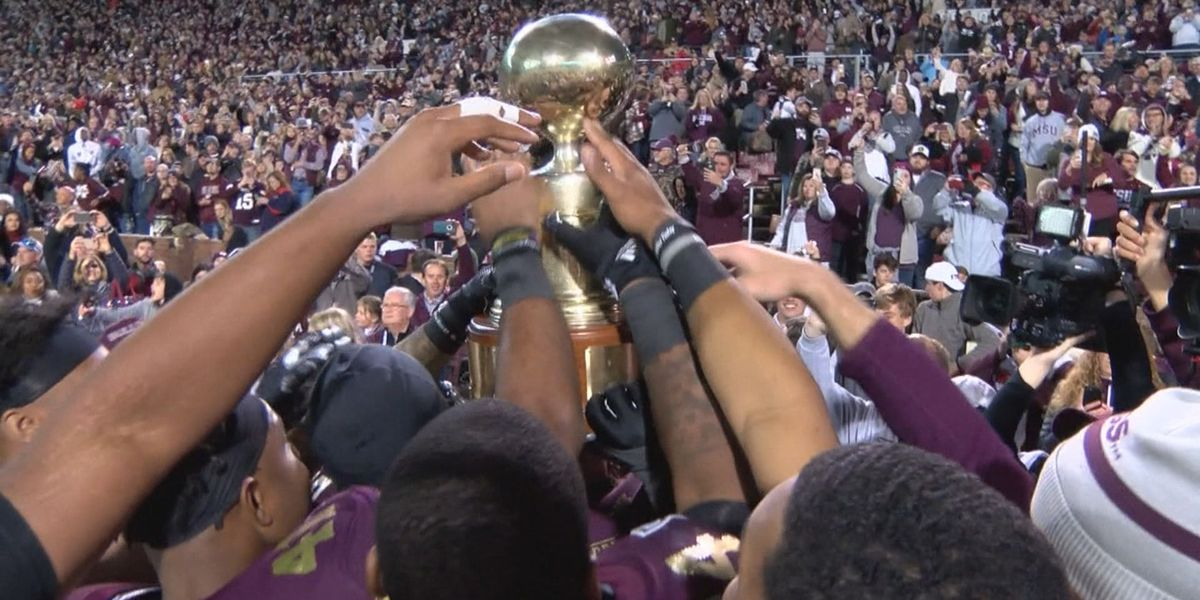 Egg Bowl returns to Thanksgiving night this year