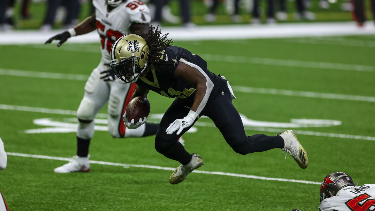 Brees and Kamara combine to dispatch Brady's Bucs