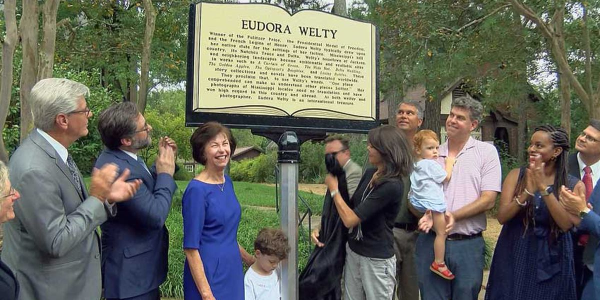 First marker dedicated on Mississippi Writer's Trail