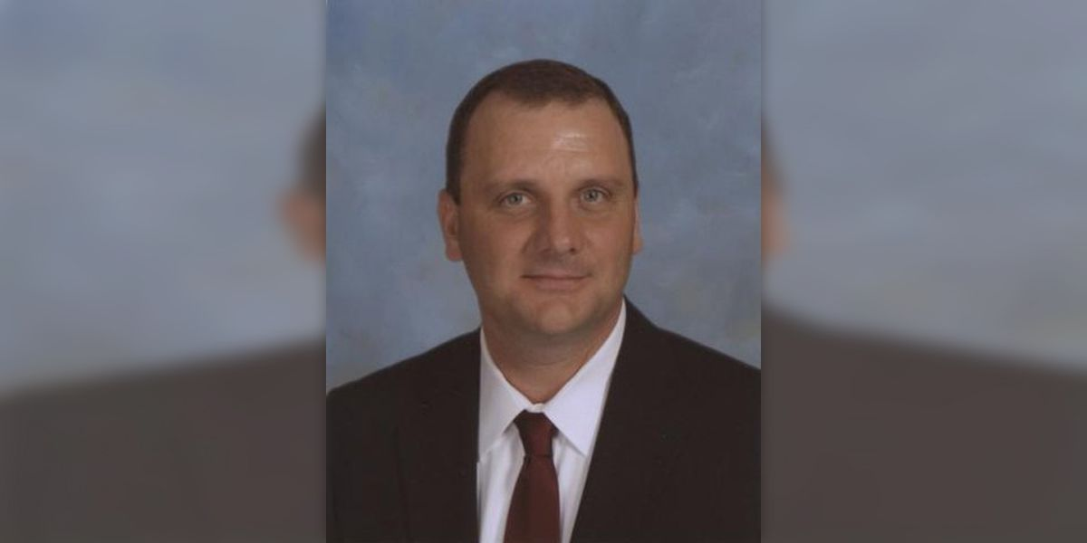Horn Lake High School principal Andy Orr dies