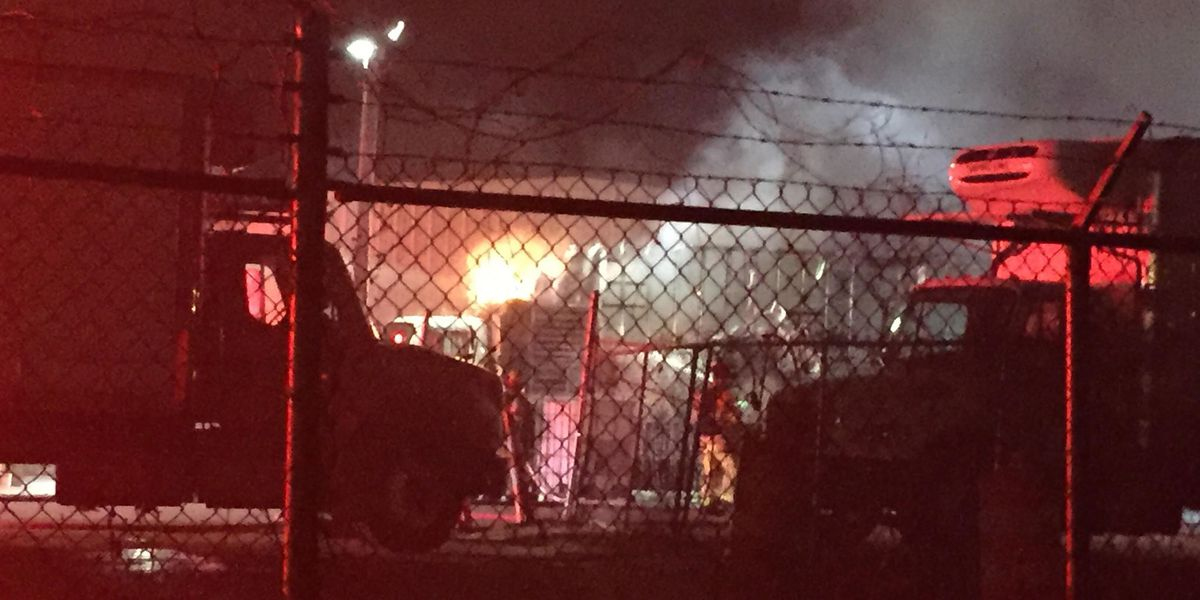 18-wheeler catches fire at Richland business