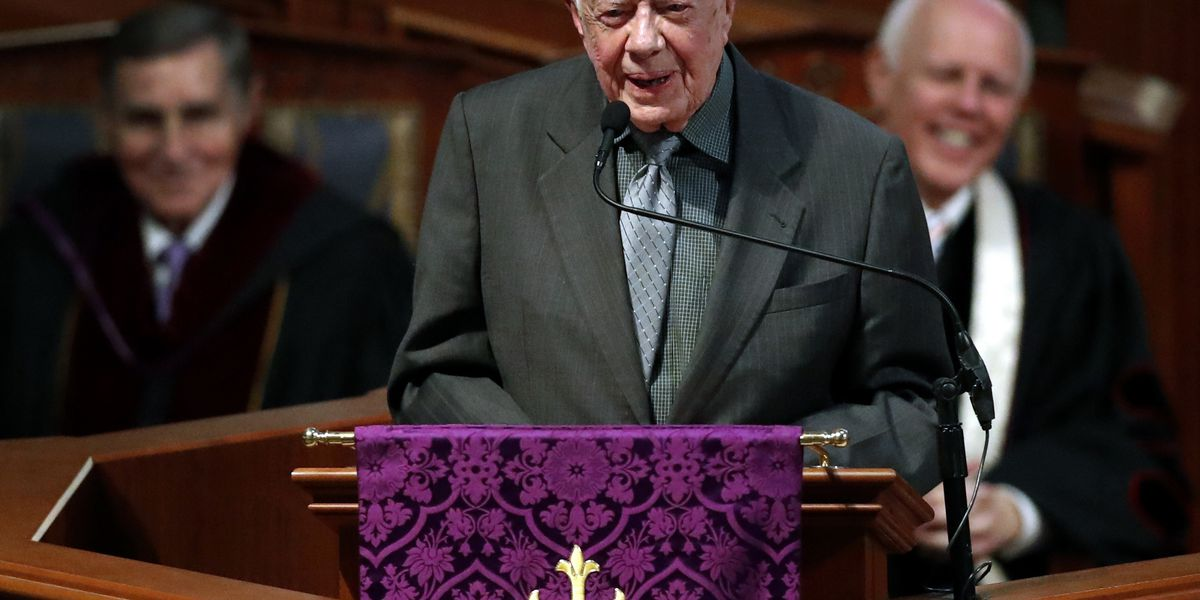 Vaccinated for virus, Jimmy Carter and wife back in church