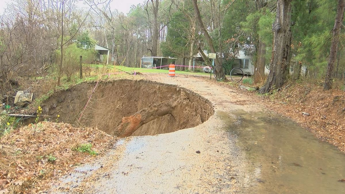 Warren Co. declares emergency as roads begin to crumble due to record rainfall