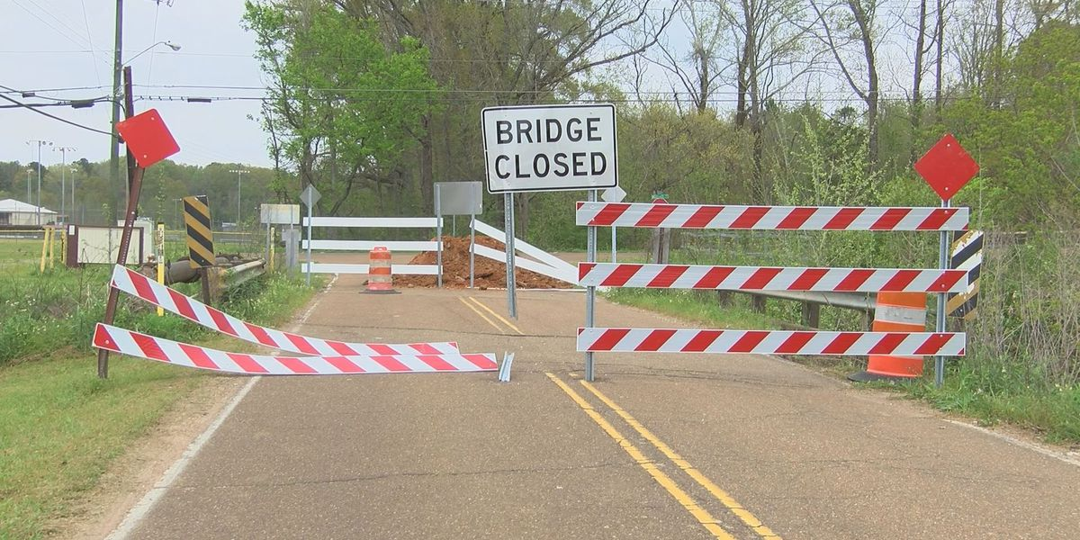 City of Jackson closes 11 bridges for repairs