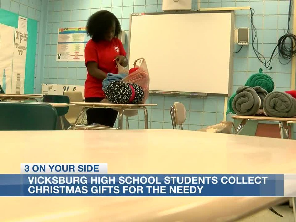 Vicksburg High School students collect Christmas gifts to help needy families