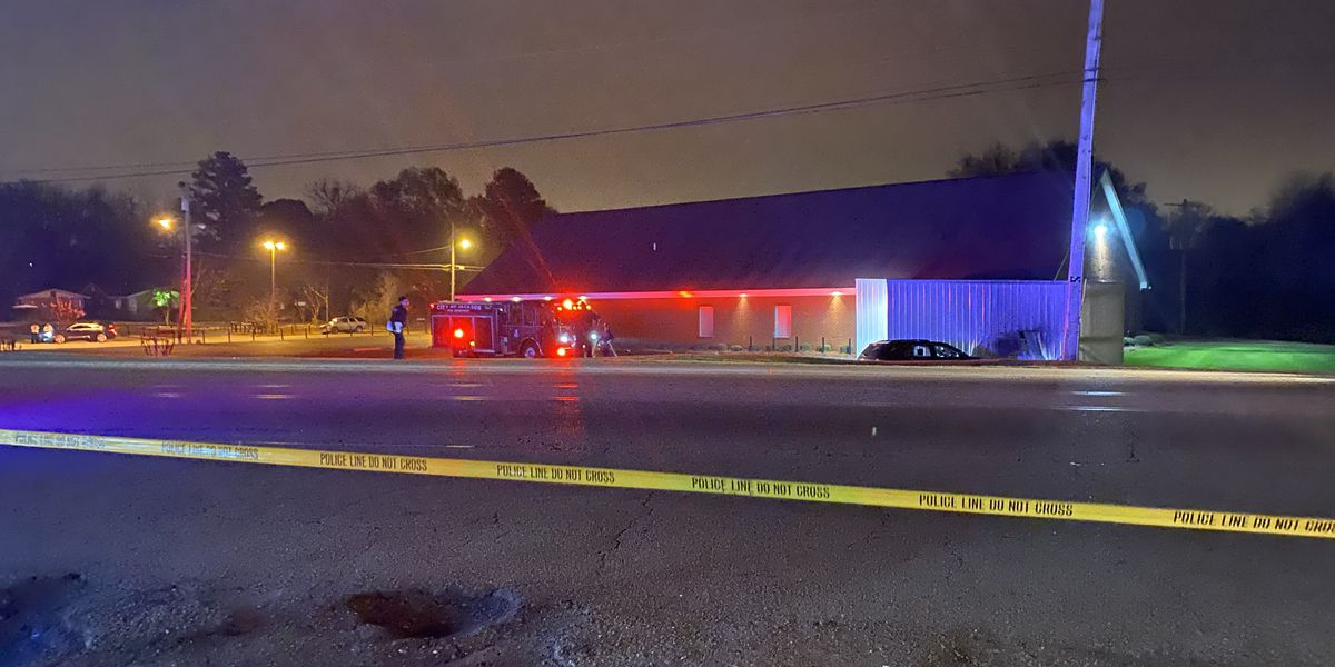 Driver crashes into storage shed after being shot, killed in Jackson