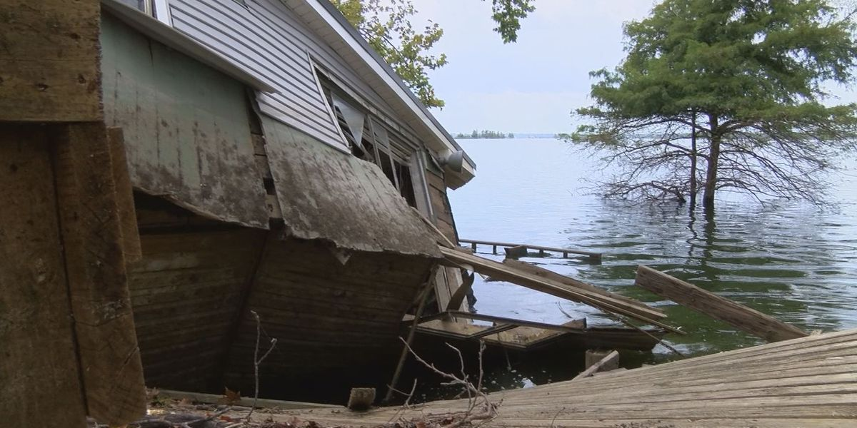 Volunteers and relief supplies needed to help backwater flood victims