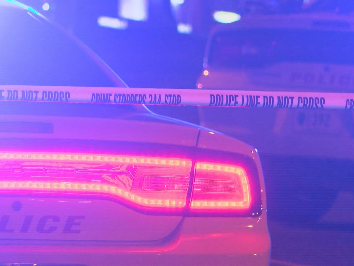 2 shot, 1 killed in separate overnight shootings in Jackson