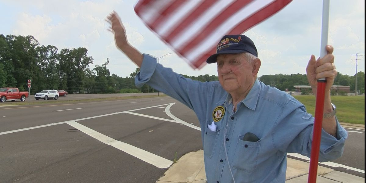 Local WWII vet spends the Independence Day holiday waving the U.S. flag